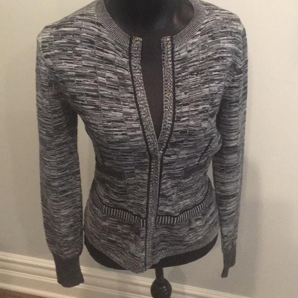 b1b36b9d637 Nina Ricci classic wool sweater, Sz. M